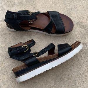 Miz Mooz Verona Collection Black Sandal 40/9-9.5